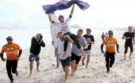 O australiano Kai Otton desbanca o local Raoni Monteiro e vence o Coca-Cola Oakley Saquarema Prime 2011. Otton teve média […]