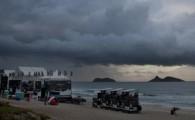 Vento e chuva fortes, mar storm e o público vai ter que aguardar mais um dia para ver os melhores […]
