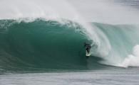 Depois da queda do paraibano Jano Belo nesta sexta-feira, em ondas de até 2,5 metros os primosJunior Faria e Jessé […]