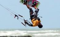 Competição que foi interrompida por condições de mar e vento desfavoráveis, recomeça neste domingo (10/09) seguida por disputas no Freestyle […]