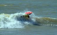 Categorias Super Top e Pro Girls tiveram início nessa sexta-feira (23/09) nas ondas da Praia de Atafona. O segundo dia […]