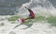 A cearense Silvana Lima salvou a pátria no domingo de praia lotada em Snapper Rocks. Ela conquistou a única vitória […]