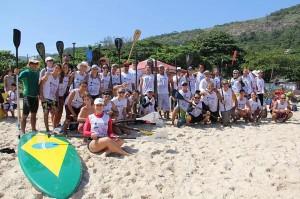 Primeiro Encontro Ecológico de Stand Up Paddle de Niterói. Foto Surf: Jorge Porto / Divulgação