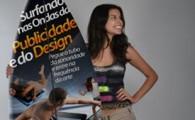 """Surfistas da X Semana de Publicidade e do Design da faculdade Anhanguera. Aagência Experimental do 2º Semestrecriou a campanha """" […]"""