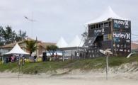 Muito surfe, reggae e rock and roll marcaram o segundo dia de competições do Hurley Pro Junior 2012 em São […]