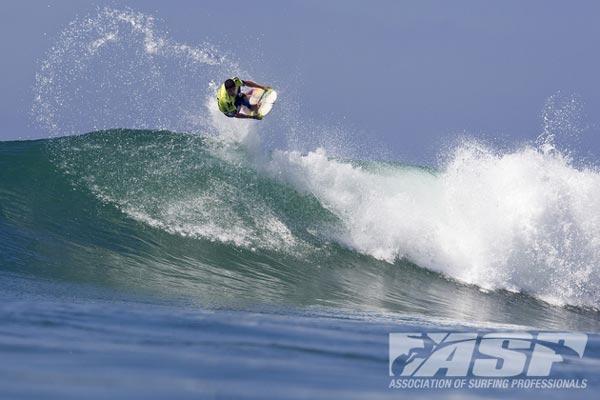 Heitor Alves (CE) no Hurley Pro Trestles 2012