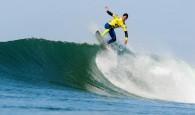 A terceira fase do Rip Curl Pro Portugal foi iniciada na segunda-feira, mas as condições do mar se deterioram rapidamente […]