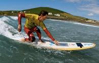 """Agora já é possível surfar literalmente na Internet nas ondas do mar: Confira matéria: [slideshow auto=""""on"""" thumbs=""""on""""]"""