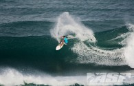 "[slideshow auto=""on"" thumbs=""on""] Vans World Cup of Surfing –Dia 1 – Terça-feira , 27 de novembro de 2012 – Fotos: […]"