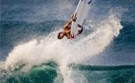 O surfista brasileiro Gabriel Medina foi um dos primeiros a chegar no Hawaii para treinar nas ondas do North Shore […]