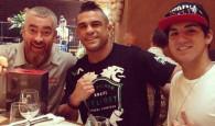 Vitor Belfort, que também gosta de surfar, se identificou muito com Gabriel Medina e o convidou para um almoço […]