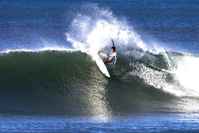 Filipe Toledo (Foto: Kirstin Scholtz / ASP Images)