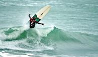 Rodrigo Sphaier aumenta vantagem na briga pelo principal título brasileiro do Longboard com a classificação para as semifinais na Praia […]