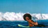 """""""Buttons""""Kaluhiokalani: o surfista progressivo icônico dos anos 70 Faleceu meste Sábado, dia 2/nov, a lenda havaiana Montgomery """"Buttons"""" Kaluhiokalani, com […]"""