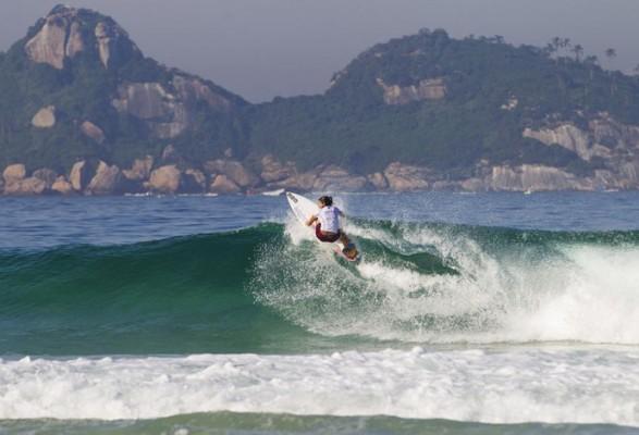 Silvana se despede de etapa carioca do Circuito Mundial (Foto: ASP/Kirstin Scholtz)
