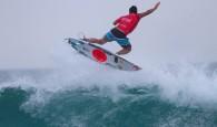 Gabriel Medina,Italo Ferreira eJulian Wilson decolaram na praia de maresias, lançando aéreos sensacionais.  Segunda-feira de praia lotada para assistir […]