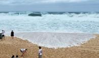 Condições do mar na praia de Pipeline, no Havaí, adiaram mais uma vez a decisão. A organização da última etapa […]