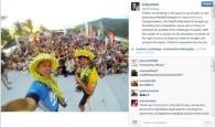 """Kelly Slater o fenômeno do surf mundial posta foto com o brasileiro e elogia: """"Com o peso de um país […]"""