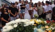 Foi sepultado ao 12h30 de hoje (21), no Cemitério de Paulo Lopes o corpo do surfista Ricardo dos Santos. Ricardinho […]