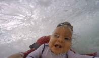 O bodyboarder Jorge Tirado resolveu presentear seu filho de apenas 9 meses com um presente um quanto tanto inusitado, colocou […]