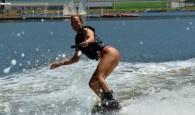 Carol Guarnieripratica wakeboard diariamente na Lagoa Rodrigo de Freitas, com a ajuda de seu instrutor Marquinhos, além de estar sempre […]