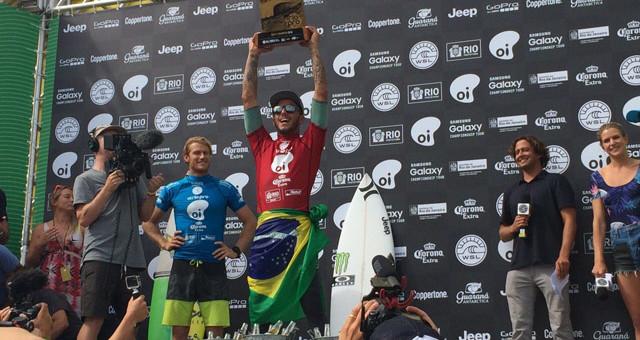 Os brasileiros decidiram os títulos das quatro primeiras etapas do ano e Filipe festejou sua segunda vitória como Courtney Conlogue […]