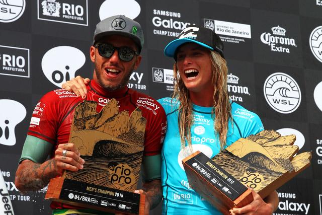 Filipe Toledo dá show de surf e é campeão do Rio Pro
