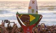 Os brasileiros continuam assombrando a elite dos melhores surfistas do mundo, com uma final verde-amarela fechando o penúltimo desafio do […]