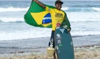 Morador da comunidade Pavão-Pavãozinho, Sócrates Santana conquistou nessa segunda-feira o título mundial Pro Junior de Bodyboard. A conquista veio […]