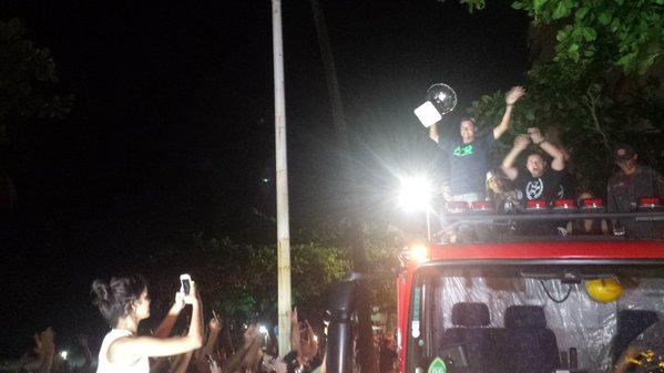 Adriano de Souza é recebido com festa ao Guarujá, sua cidade natal