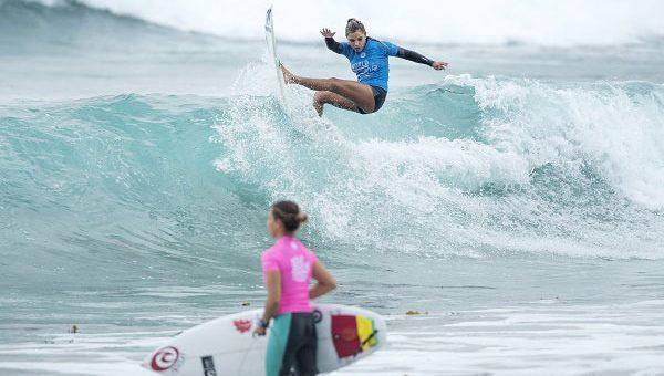 A brasileira Tainá Hinckel e a argentina Josefina Ane saíram da disputa do título do World Surf League Junior Championship […]